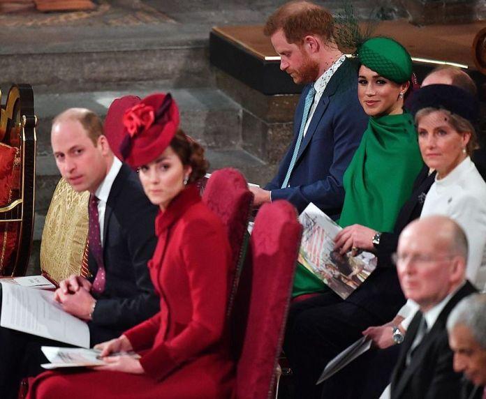 Как принц Гарри обиделся, что его не посадили в VIP ложу